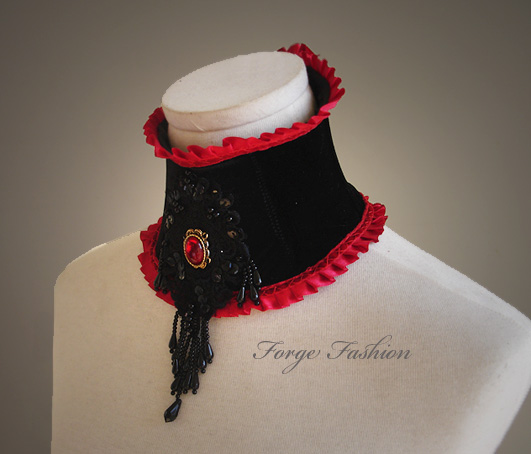 Stretch Velvet Countess Collar by Trinitynavar