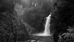 Franklin Falls (B+W)