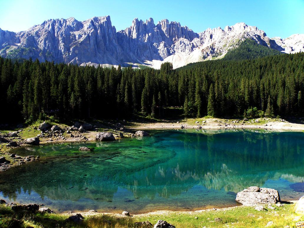 Carezza Lake by Sergiba
