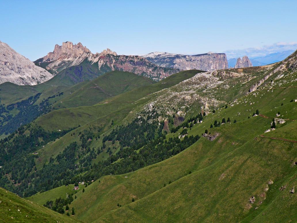 Grassy slopes by Sergiba
