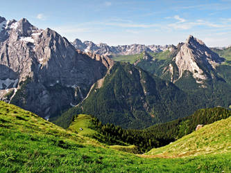 Land for hikers by Sergiba