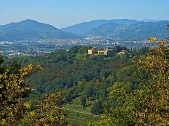 Villa Plinia by Sergiba