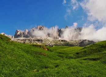The enchanted mountain by Sergiba