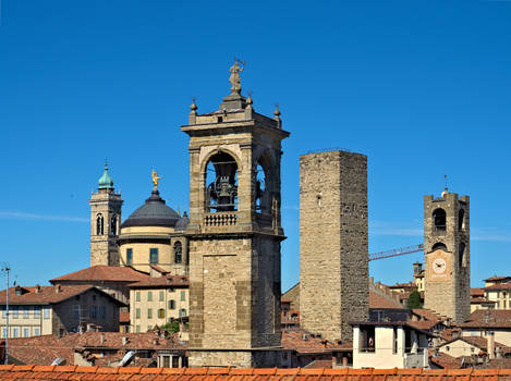 Towers, statues and bell towers