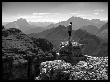 Wayfarer above sea of mountains