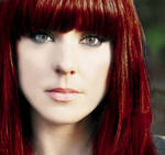 Melanie C in red