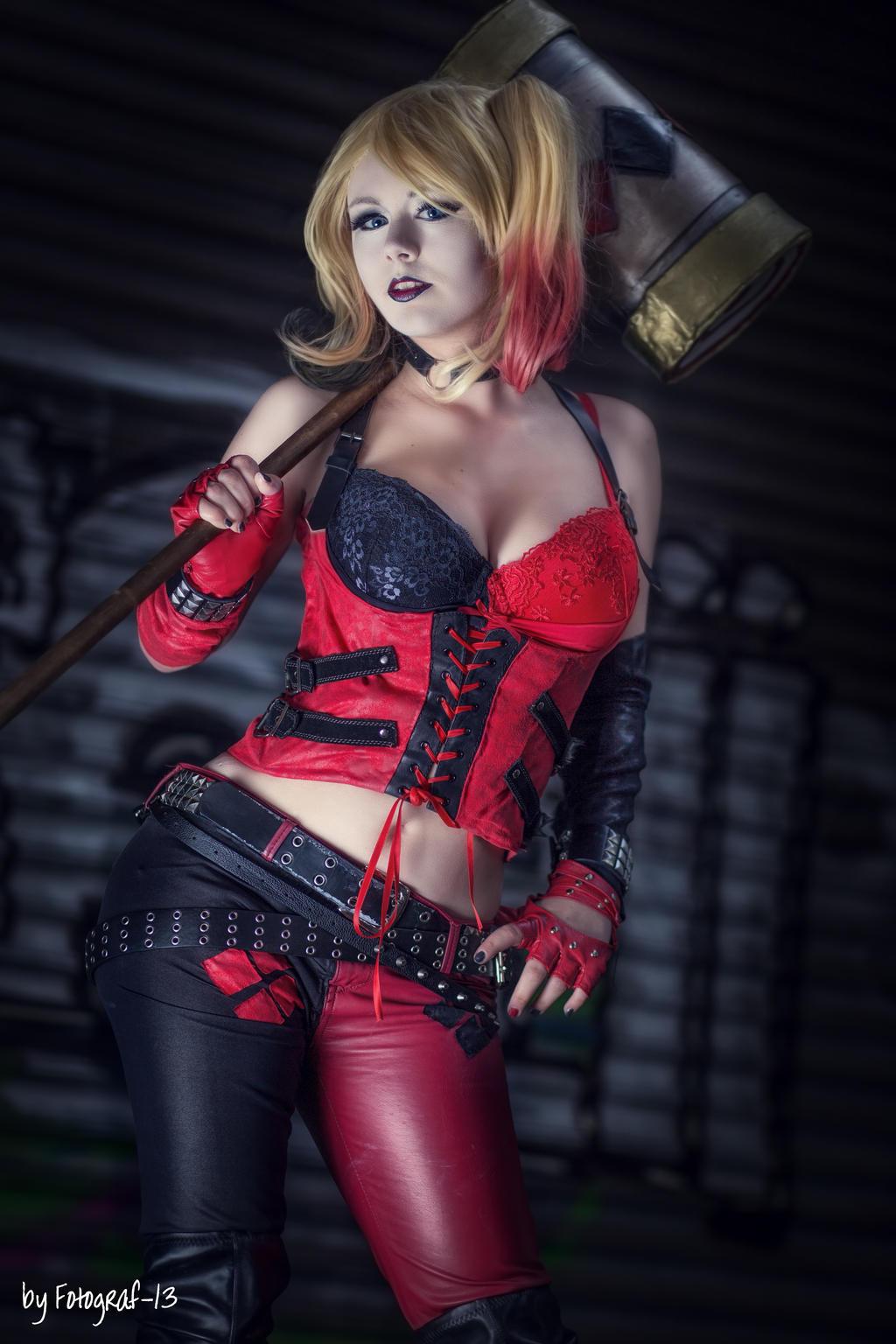 Harley Quinn Cosplay Are u my puddin?