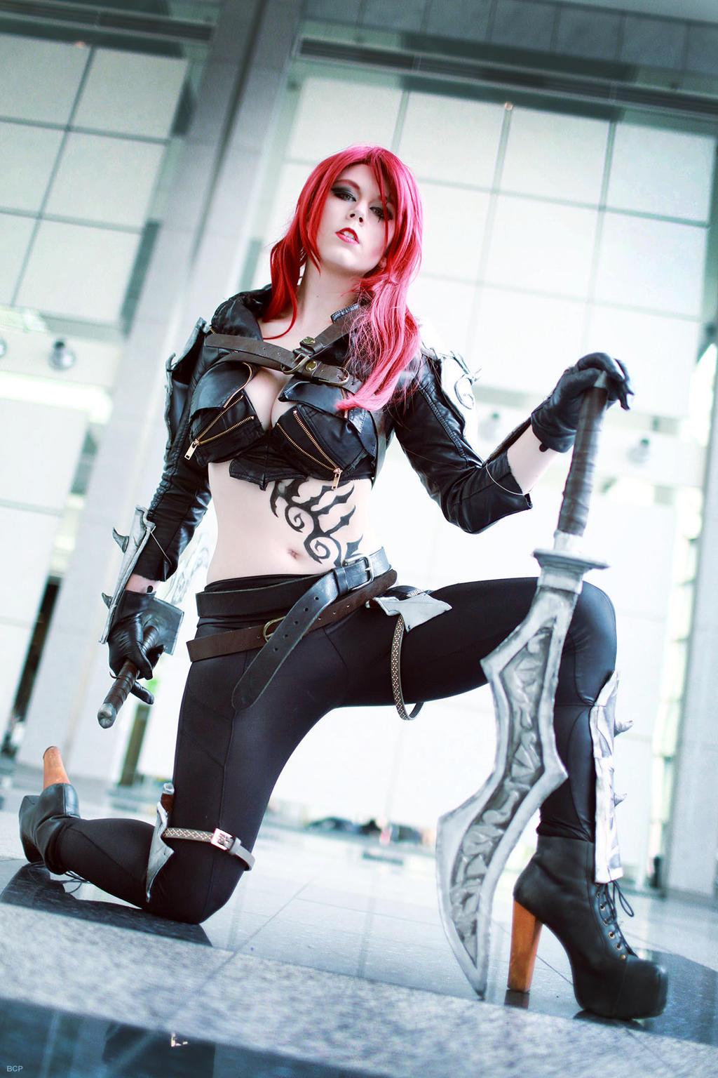 Sexy katarina cosplay