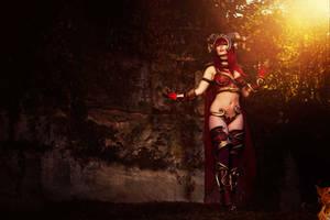 Alexstrasza cosplay by MiuMoonlight