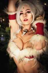 Merry Christmas by MiuMoonlight
