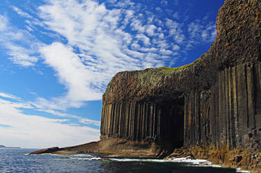 Staffa, or the gate of Nargothrond by MirachRavaia