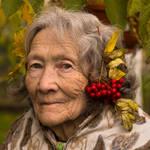 Godess of autumn by MirachRavaia