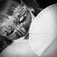 Mask Portrait by misspixie93