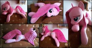 Lifesize Pinkamena plush by RosaMariposaCrafts