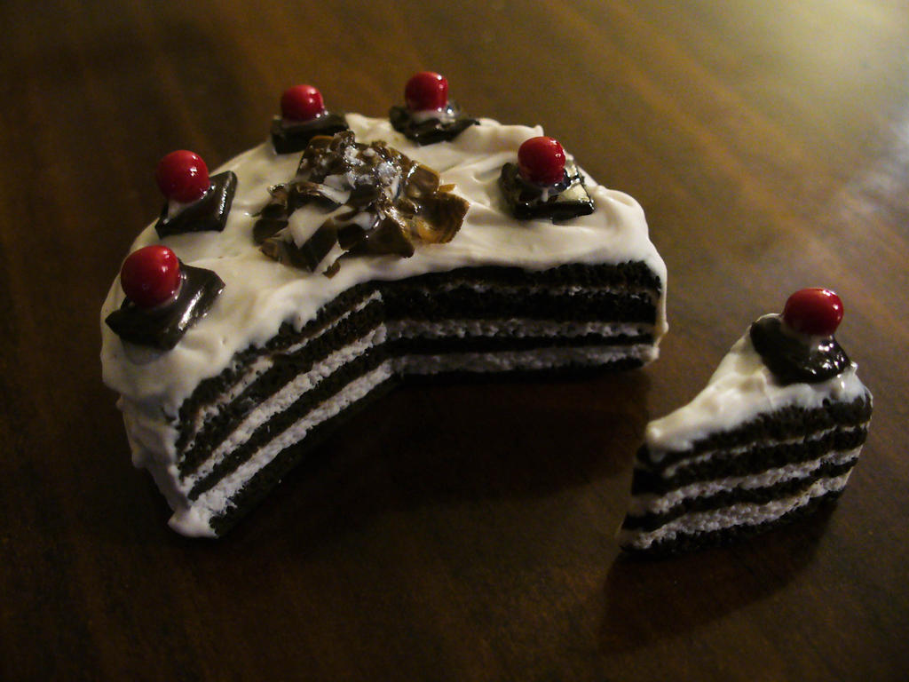 Black Forest Cake by DeadlyDagon