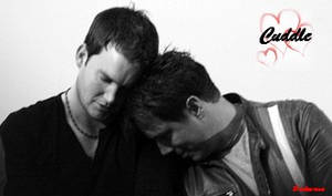 Jack and Ianto: Cuddle by darkenrose