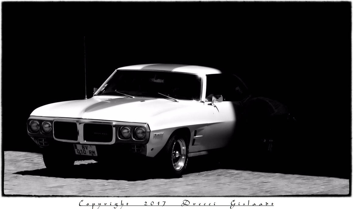 Muscle cars in villefranche de rouergue 001 by gislaadt for Garage auto villefranche de rouergue