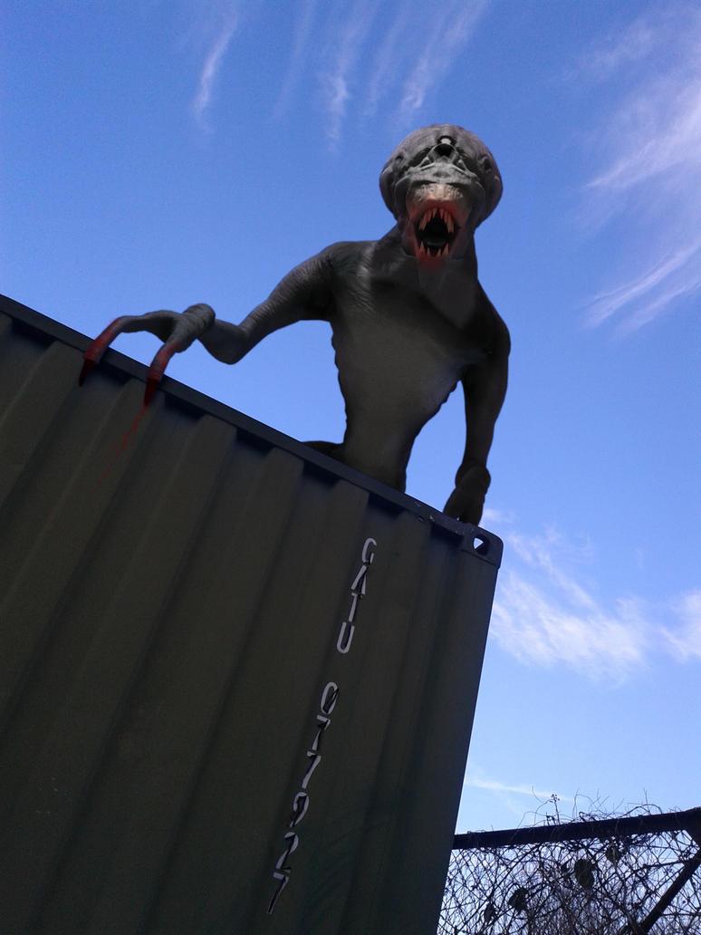 Future Predator (Primeval) by manofallart