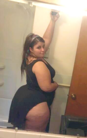 Sexy ebony woman give wet sloppy head 9
