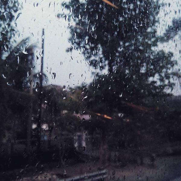 Rainy Mood by eternalscat