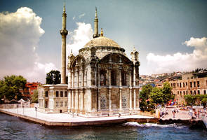 Ortakoy Mosque by miserym