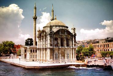 Ortakoy Mosque by miserym
