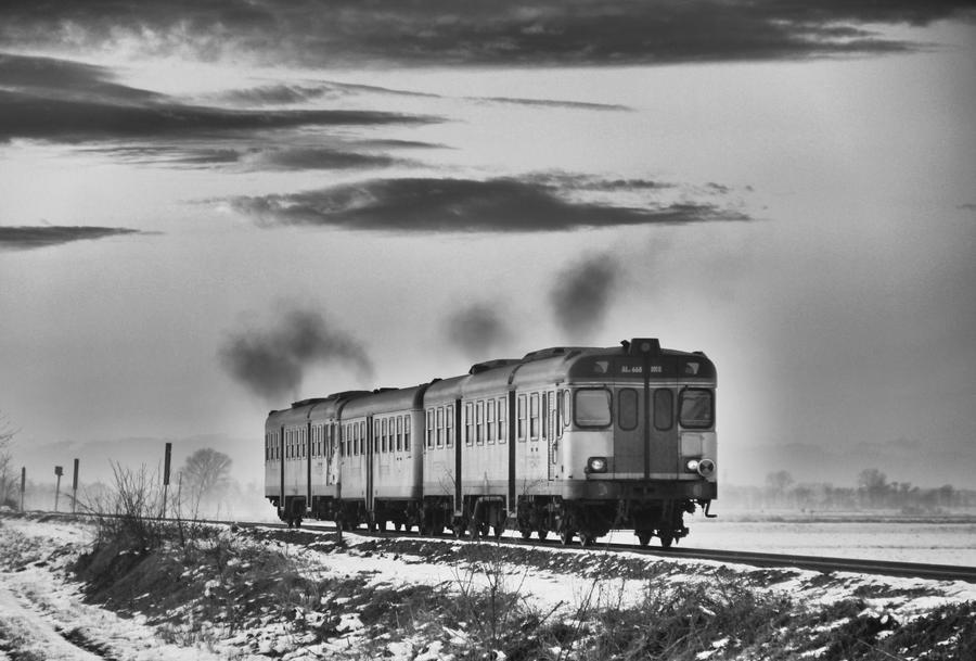 Winter Engine by MarioDellagiovanna