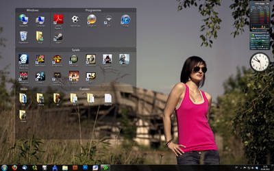Desktop 2011_06 Windows by Taku-Aoi