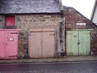 Old garage doors by finetune