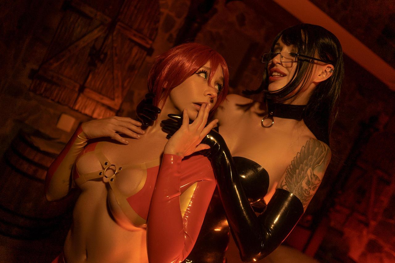 Sunstone cosplay