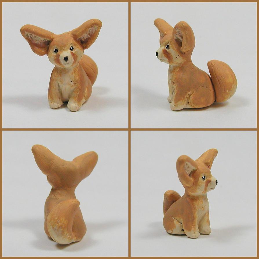 Fennec Fox Sculpture by LeiliaK