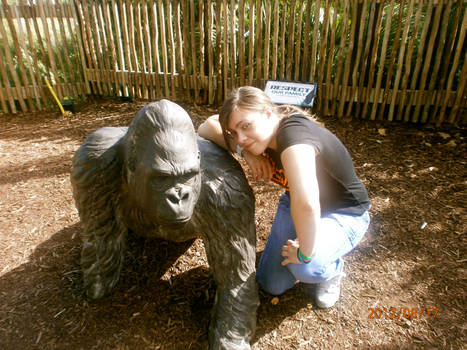 Me and a Gorilla :D (London Zoo)