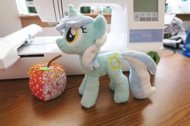 Lyra plush (for sale)!