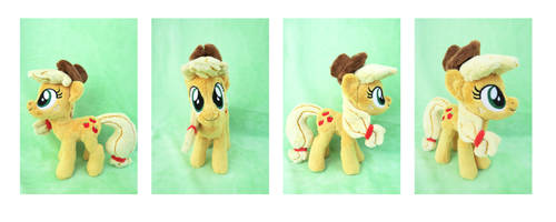 Applejack Plush by CalettesCreations