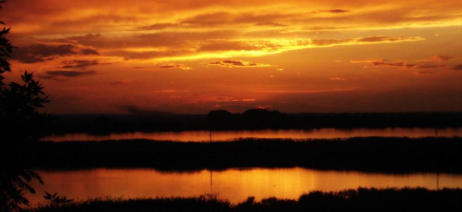 fiery sunset by Mavca