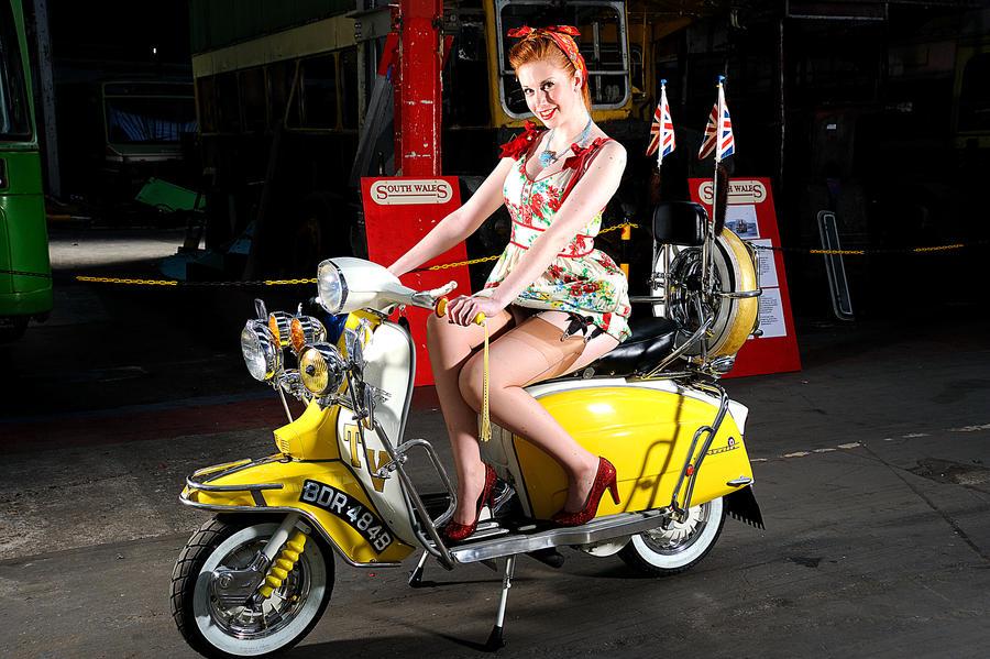 scooter 010 by Aurora-Dawn