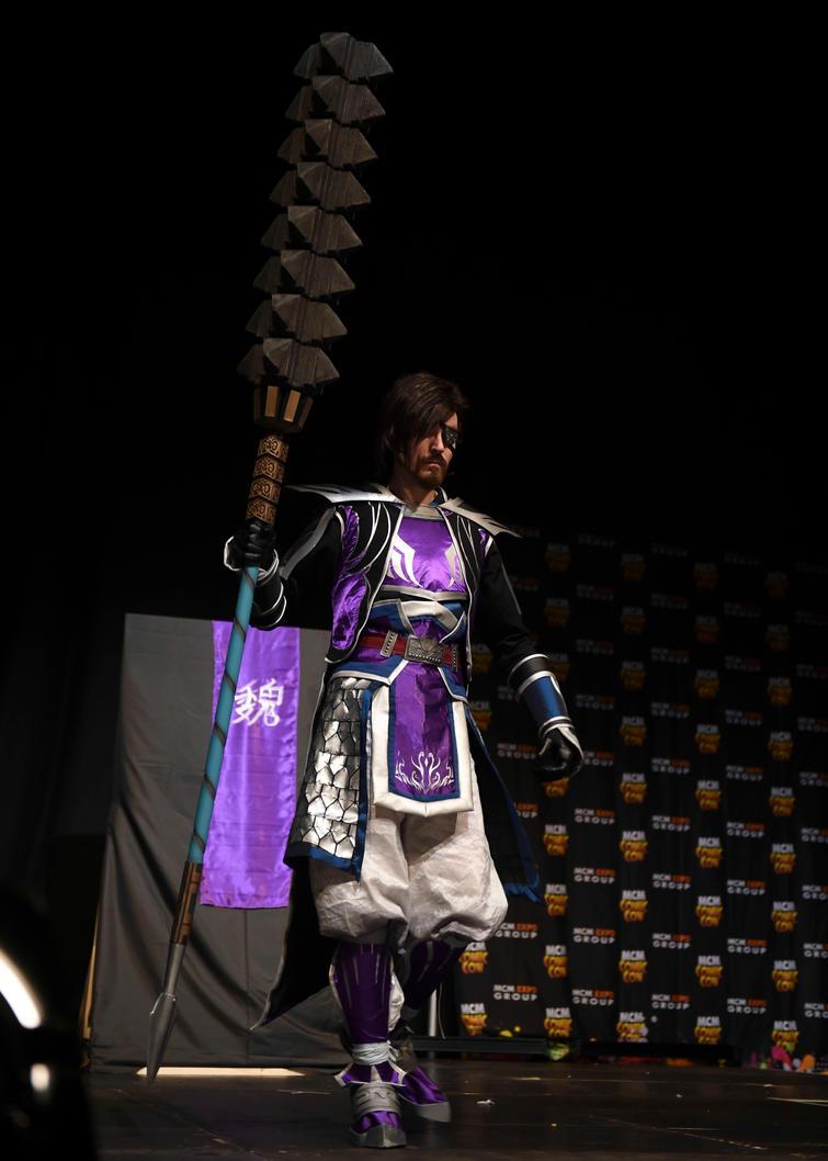 Xiahou Dun entering the stage by CycloneXHTC