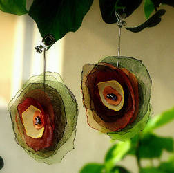 roses earrings by basia-hs