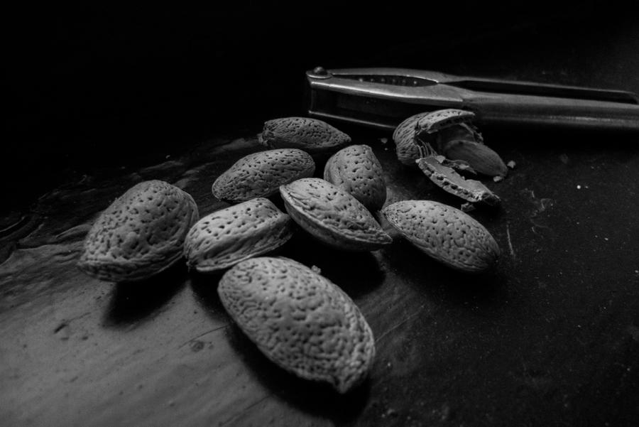 Almonds II by zviad1i