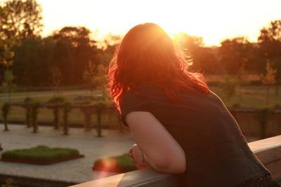 Sunset me by luthien-arfeiniel86