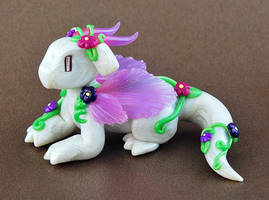 Fairy Flower Dragon by HowManyDragons