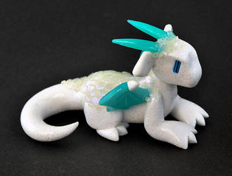 Frosty Ice Dragon by HowManyDragons