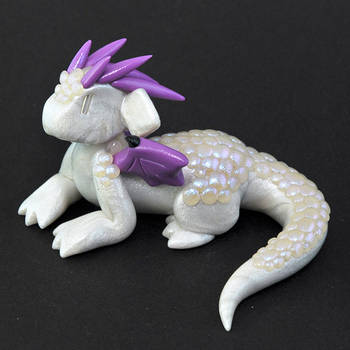 White and Purple Aurora Dragon by HowManyDragons