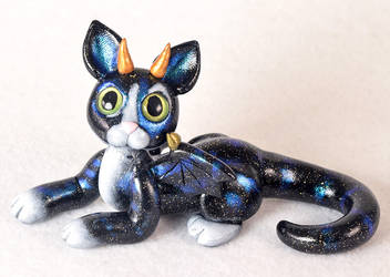 Galaxy Cat-Dragon Figurine