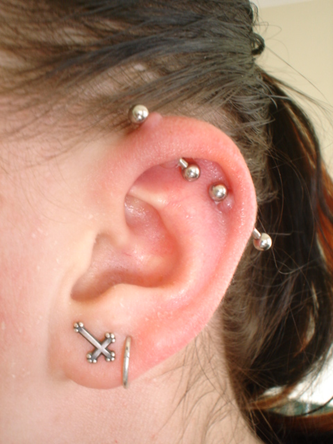 how to clean an infected industrial piercing