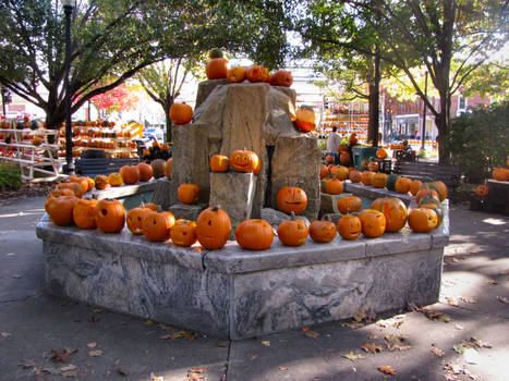 Fountain of Pumpkins