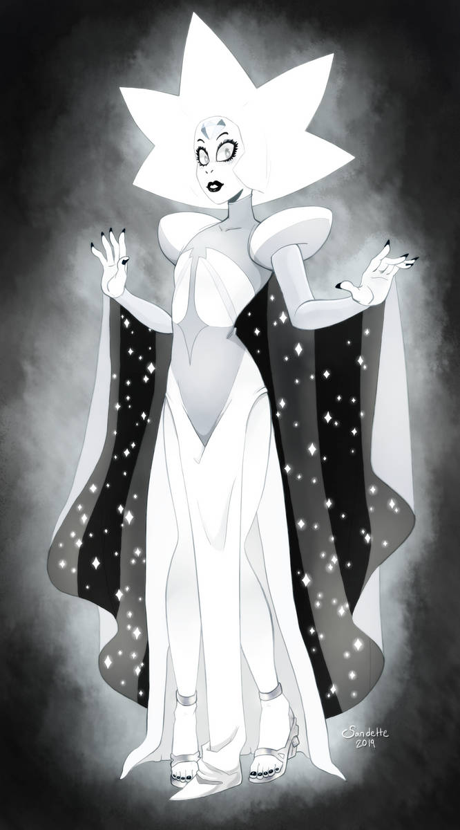 I've been sitting on this one for a while, almost forgot I finished it until a moment ago. And more diamonds are on the way! I love White Diamond, she's kinda terrifying but very pretty...
