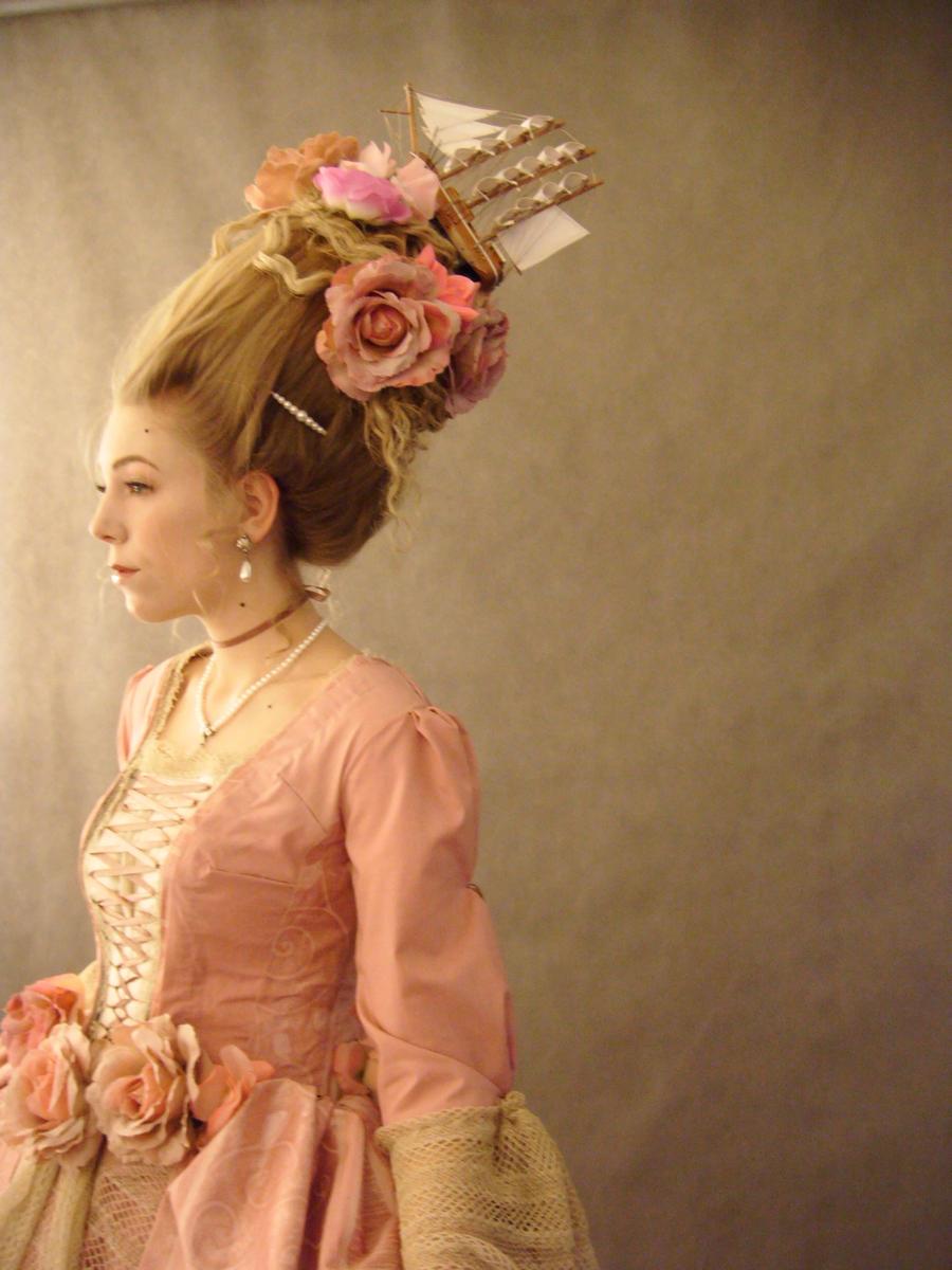 История прически рококо