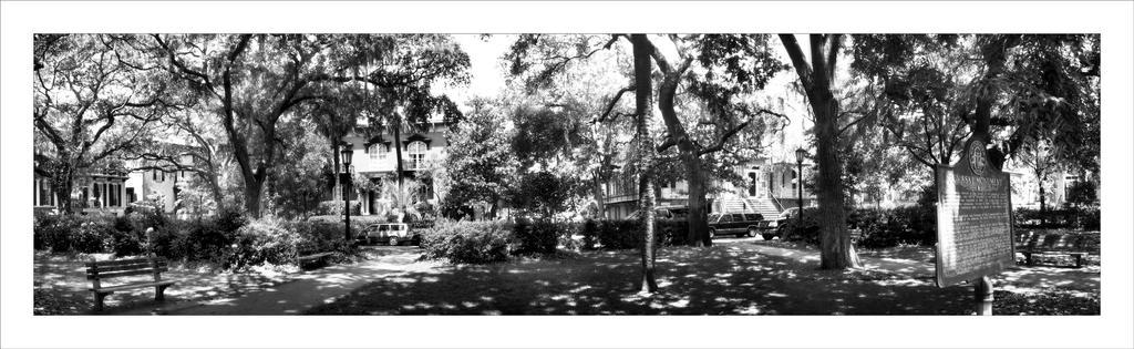 Pulaski Square by GeneAut
