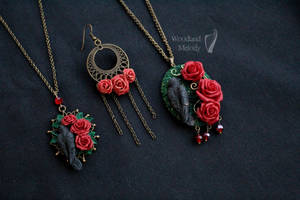 Gothic necklaces with red roses by titaniaUMN